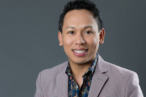 BWW Interview: Broadway Producer Jhett Tolentino Talks M. BUTTERFLY Philippine Tour, LINGUA FRANCA & HERE LIES LOVE on Broadway