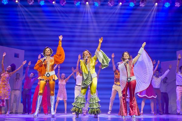 MAMMA MIA!  International Tour Cast  2018/2019 Helen Anker, Shona White, Nicky Swift