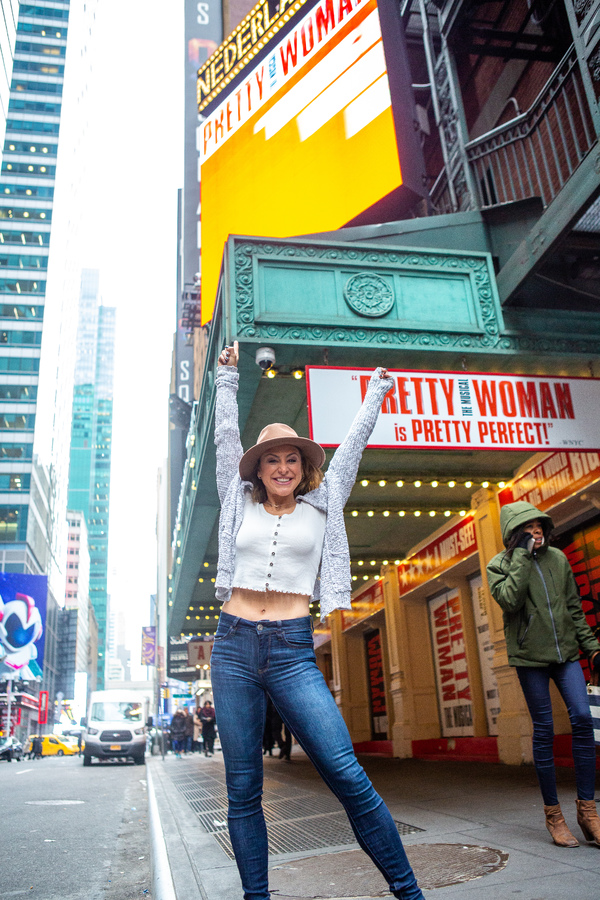 Shannon Mullen of Pretty Woman Photo