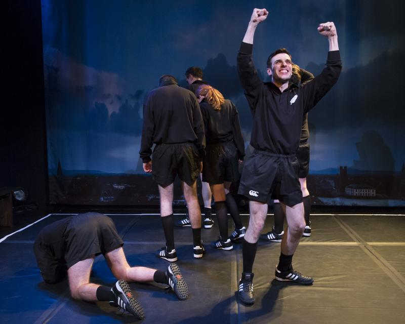 BWW Review: ALONE IT STANDS at 59E59 Theaters is an Incredible Story Wonderfully Told