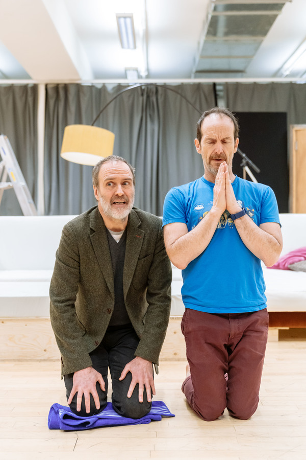 Photo Flash: In Rehearsal with Denis O'Hare and the Cast of TARTUFFE