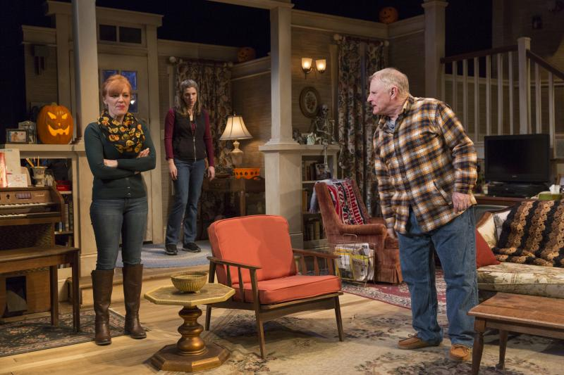 BWW Review: TRICK OR TREAT at 59E59 Theaters is a Must-See Dark Comedy About Family Secrets