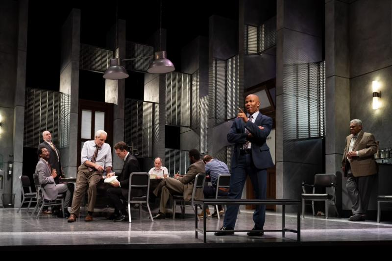 BWW Review: A new look at TWELVE ANGRY MEN at Ford's Theatre