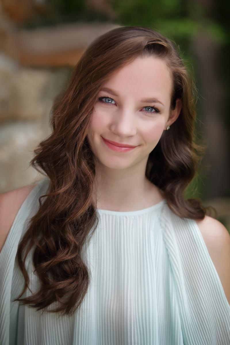 SINGIN' IN THE RAIN Opens the 2019 Season at Woodbury's Arts Center of Cannon County