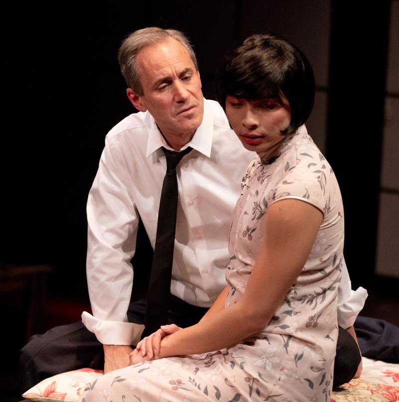 BWW Review: ArtsWest's M BUTTERFLY - A Story of Passion and Intrigue Without the Passion or Intrigue