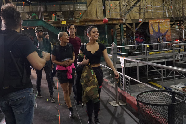 Photos: The Cast of RENT on FOX Meets the OBC and More During Rehearsal
