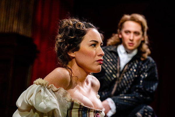 Leading actor Charles Hart (Quinn Franzen) gives Nell Gwynn (Alison Luff) acting lessons