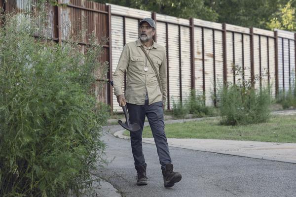 Jeffrey Dean Morgan as Negan Photo