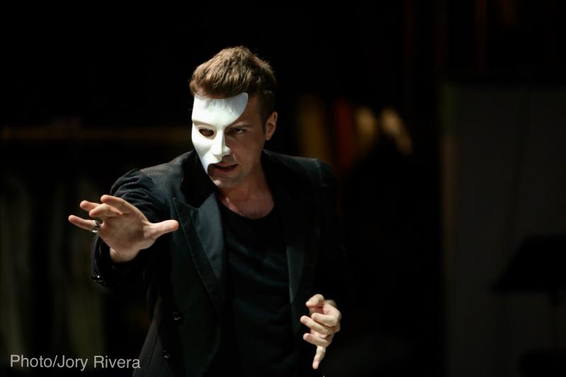 In Rehearsal: Touring the Original THE PHANTOM OF THE OPERA For the Very First Time