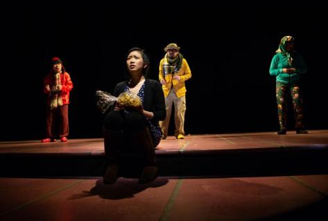BWW Review: KING OF THE YEES at SF Playhouse: an epic ride across cultural, national and familial borders