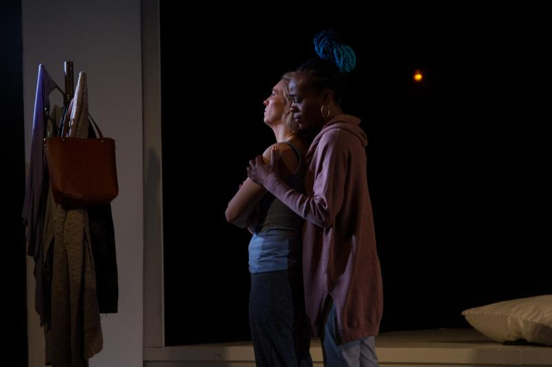 BWW Review:  ROAN @ THE GATES at Luna Stage is an Intriguing Two-Hander