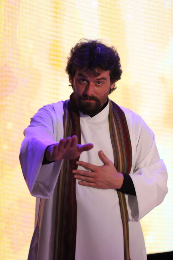 Evan Donnellan stars as God in An Act of God at Smithtown Performing Arts Center.   631-724-3700 www.smithtownpac.org