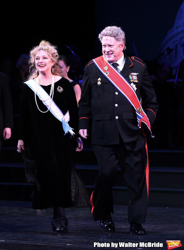 Carol Kane and Darrell Hammond