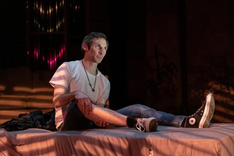 BWW Review: Book-it's Raw Look at Opioid Addiction in AMERICAN JUNKIE