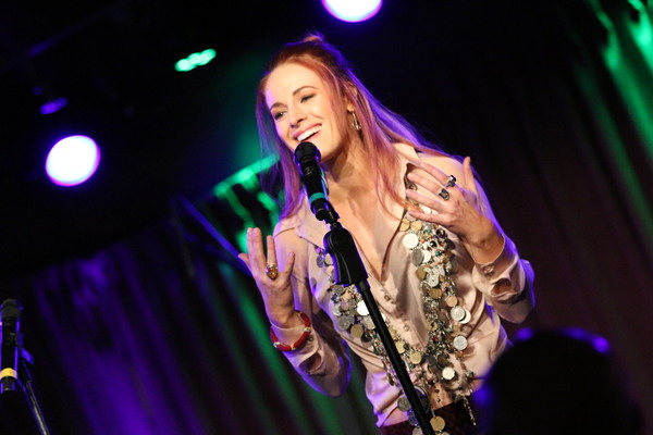 Photo Flash: Stars Sing for World Peace at the Green Room 42