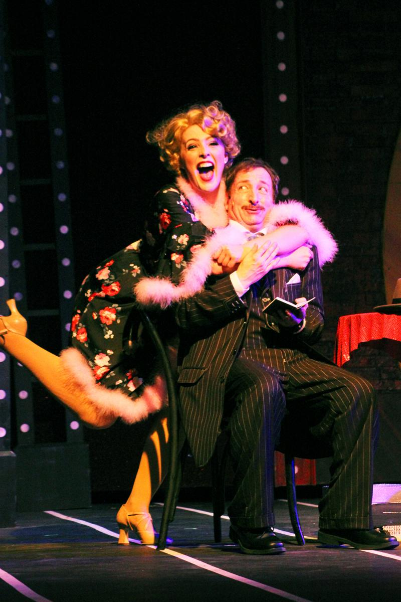 BWW Review: GUYS AND DOLLS at Broadway Palm is Lively and Light!