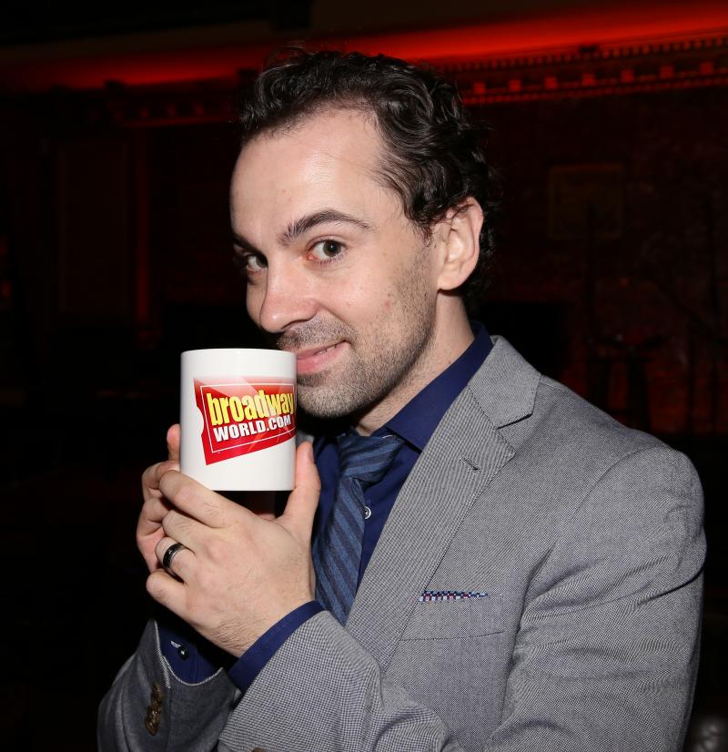 Wake Up With BWW 2/21: FIDDLER ON THE ROOF in Yiddish Opens, and More!