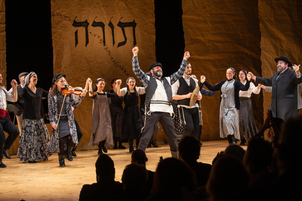 Steven Skybell and Cast of FIDDLER ON THE ROOF