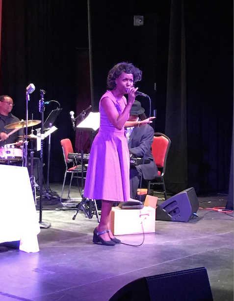 BWW Review: LADY WRITES THE BLUES at Hackensack Performing Arts Center