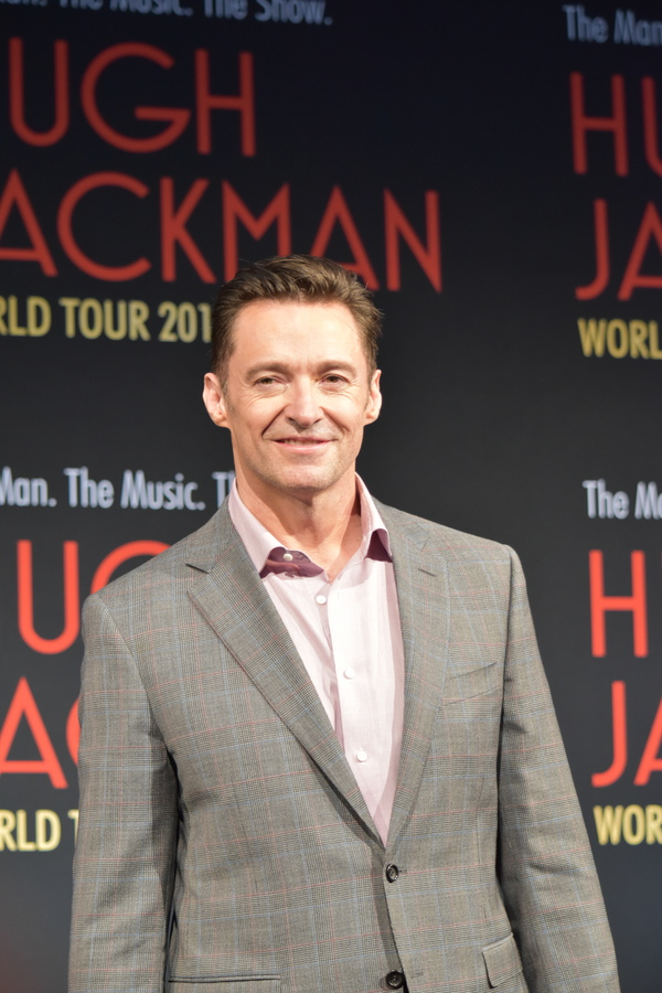 Photos/Videos: Watch Hugh Jackman Launch His World Tour in Australia with Keala Settle
