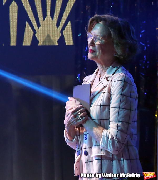 Annette Benning Photo