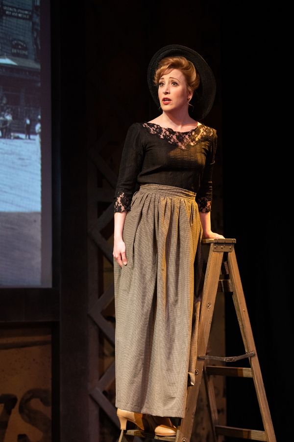 Amanda Johnson as Thea  Photo