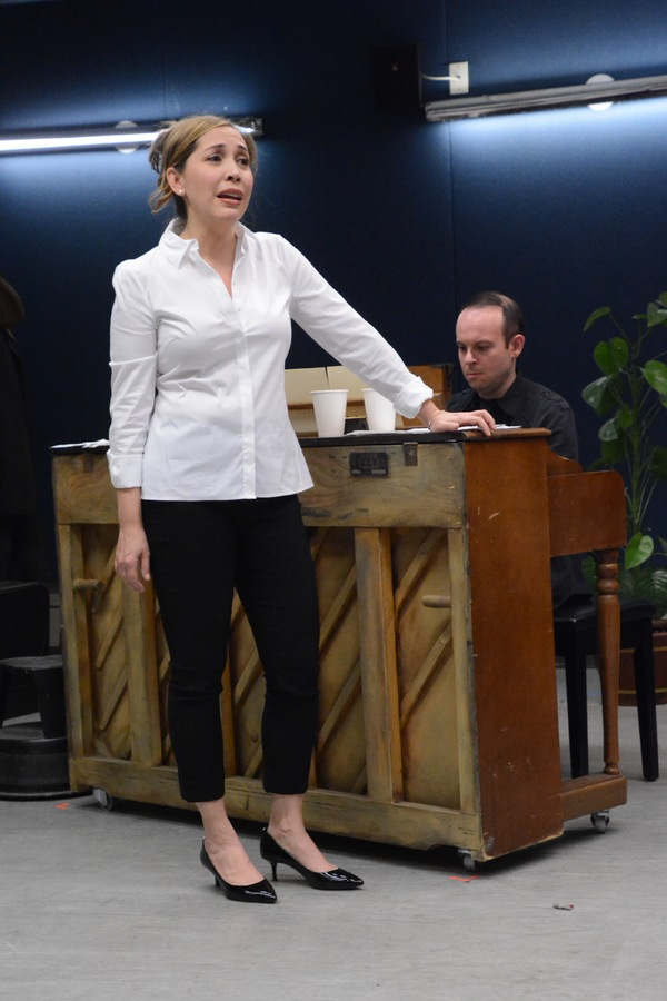 Photo Coverage: In Rehearsal with the Cast of SMART BLONDE