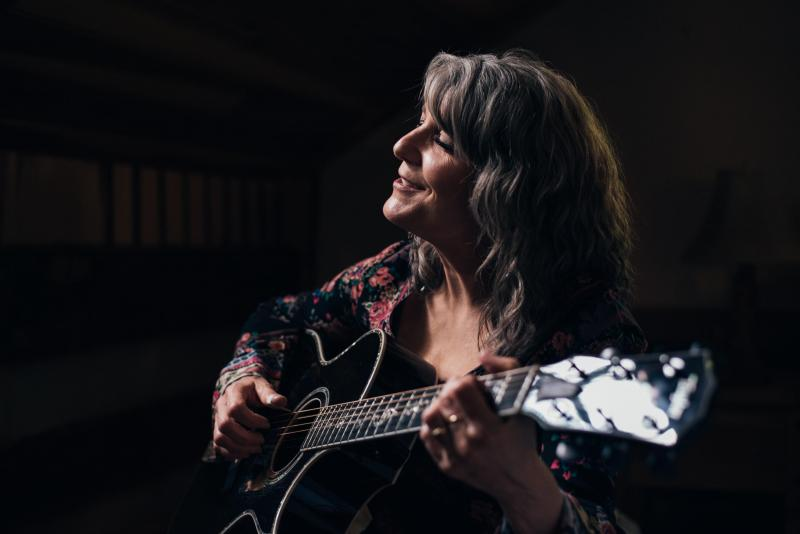 KATHY MATTEA To Perform An Intimate Concert at the CHARLESTON LIGHT OPERA GUILD THEATRE In Celebration of Their 70th Anniversary