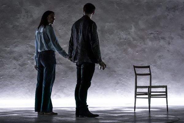 Photo Flash: First Look at Tom Hiddleston and Cast in BETRAYAL