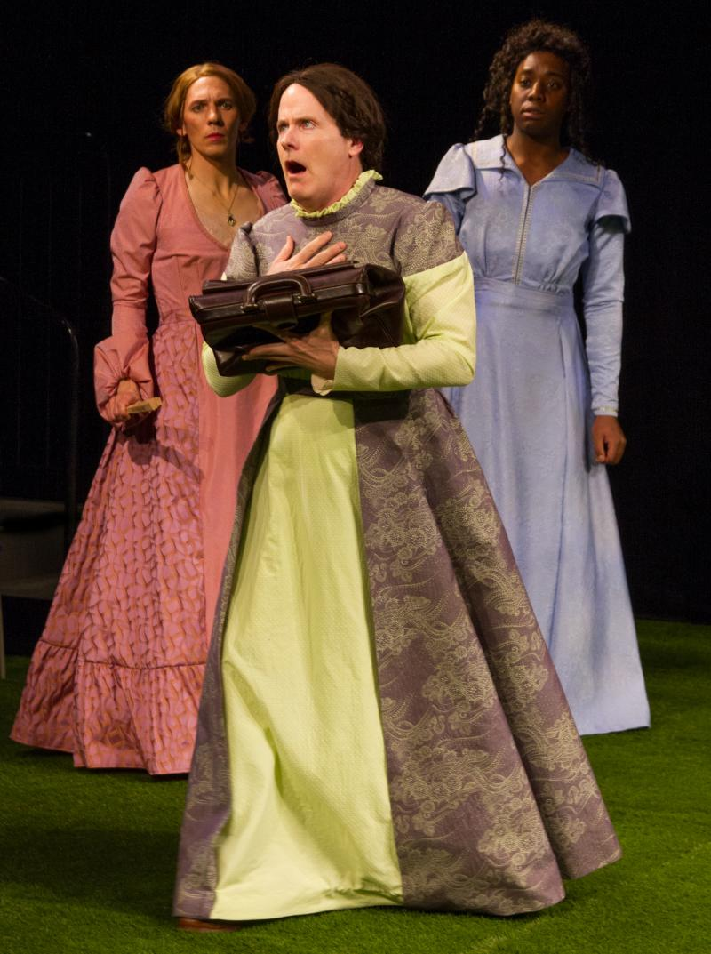 BWW Review: Gender Takes Center Stage in THE IMPORTANCE OF BEING EARNEST