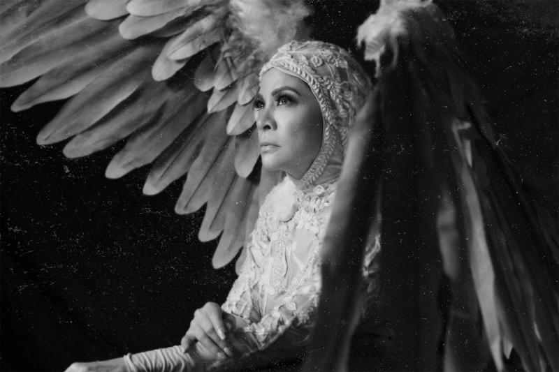 PHOTOS: Promo Shots for ANGELS IN AMERICA: MILLENNIUM APPROACHES; Show Opens Mar. 22