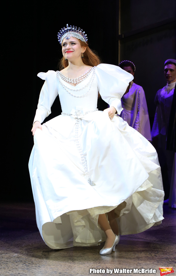 Photo Coverage: Another Op'nin, Another Show! Check Out the Cast of KISS ME, KATE Taking Their Opening Night Bows
