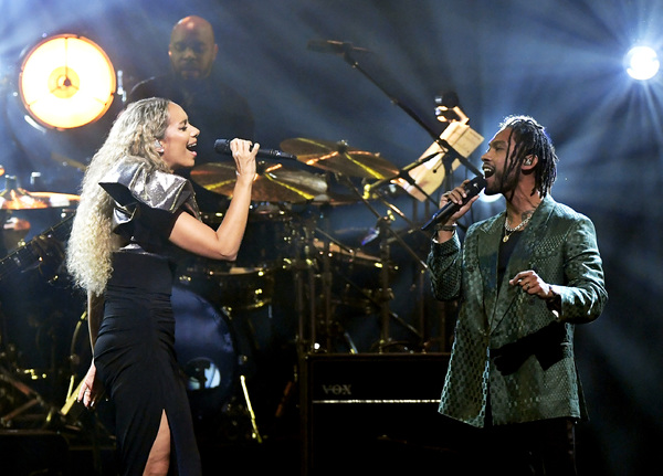 LAS VEGAS, NEVADA - MARCH 16: Leona Lewis (L) and Miguel perform during the 23rd annual Keep Memory Alive 'Power of Love Gala' benefit for the Cleveland Clinic Lou Ruvo Center for Brain Health at MGM Grand Garden Arena on March 16, 2019 in Las Vegas, Neva