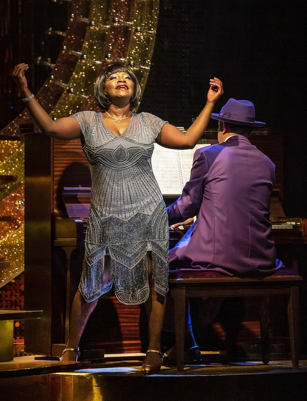 Photo Flash: First Look at AIN'T MISBEHAVIN' at Mercury Theatre Colchester