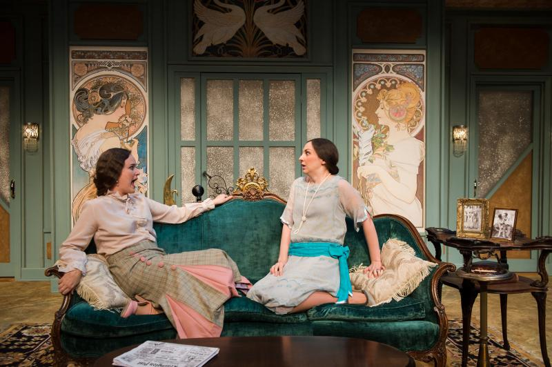 BWW Review: FALLEN ANGELS at NextStop Theatre Company