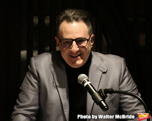 Jon Robin Baitz presents Evans-Kingsley Award to Judith Light