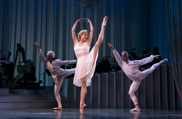 Sara Mearns and Ensemble Photo