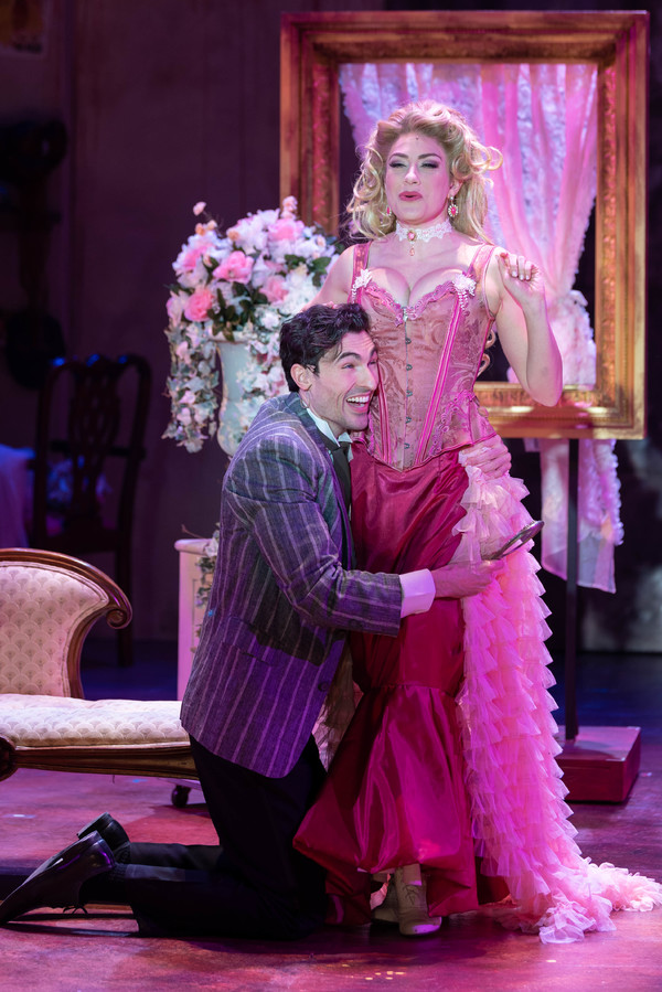 Photo Flash: First Look At A GENTLEMAN'S GUIDE TO LOVE AND MURDER At The Engeman