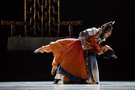 BWW Review: China National Opera & Dance Drama Theater Brings PRINCESS ZHAOJUN to Lincoln Center