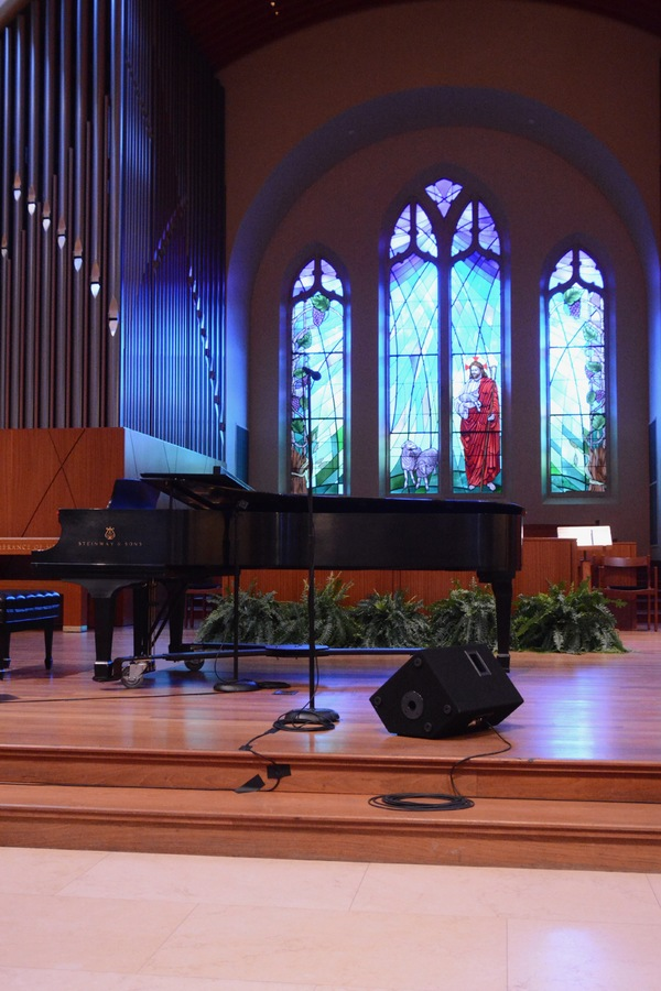 Anthony Kearns Concert for Julia's Butterfly Foundation at the West Side Presbyterian Church
