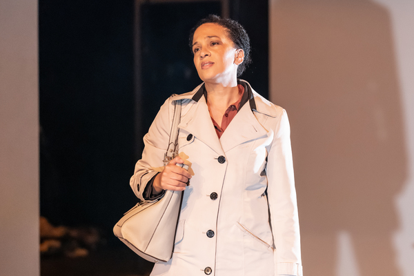 Photo Flash: First Look at THE PHLEBOTOMIST at Hampstead Theatre