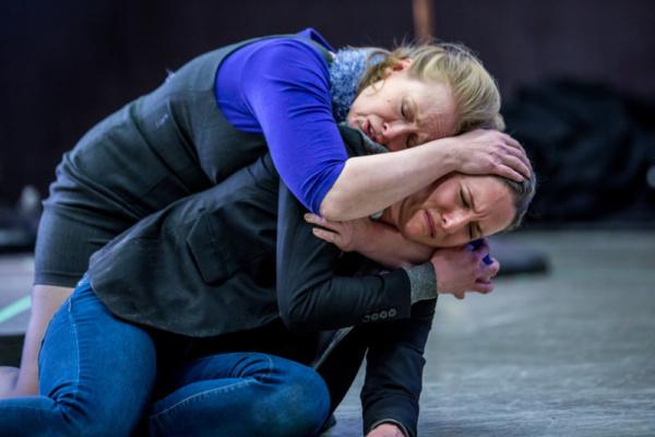 Photo Flash: In Rehearsal With Titan Theatre Company's HAMLET