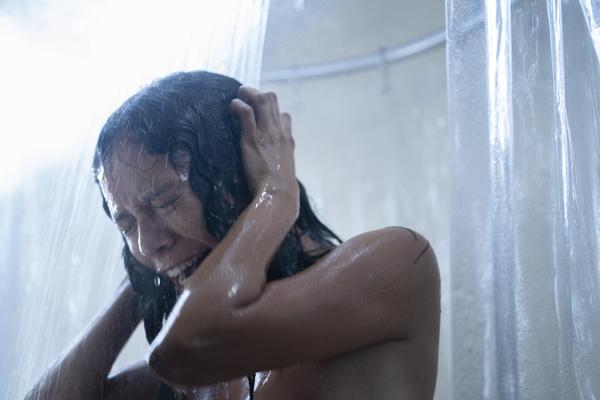 Photo Flash: Get a First Look at Uma Thurman, Tony Goldwyn in CHAMBERS
