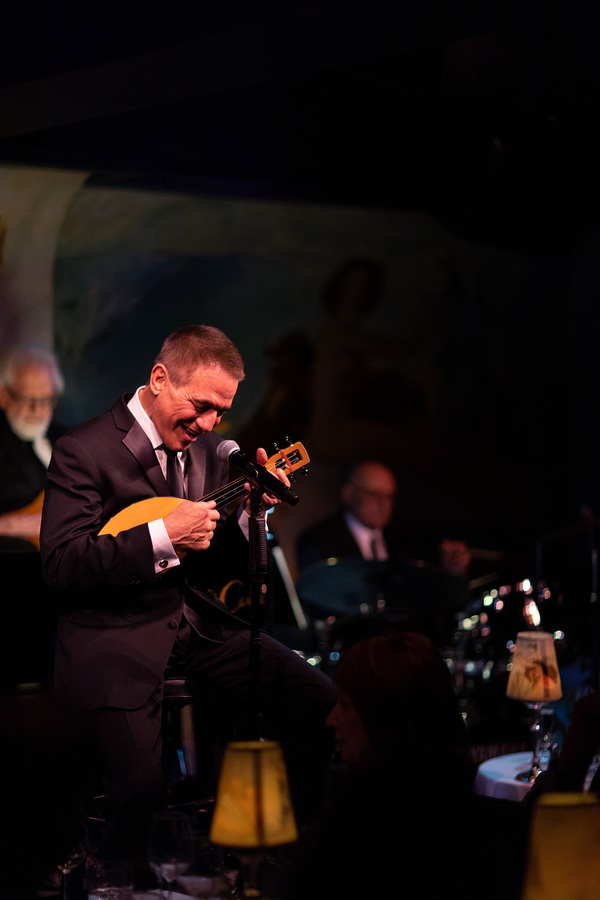 Photo Flash: Tony Danza Returns to Cafe Carlyle
