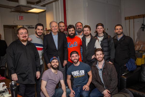 The cast with Alan Alda