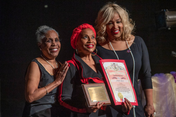 Jenifer Lewis (center) receives Eternity Award from Starletta DuPois (l.) and Kym Whitley at 26th Annual Los Angeles Women''s Theatre Festival.Photo credit: Martha Benedict.