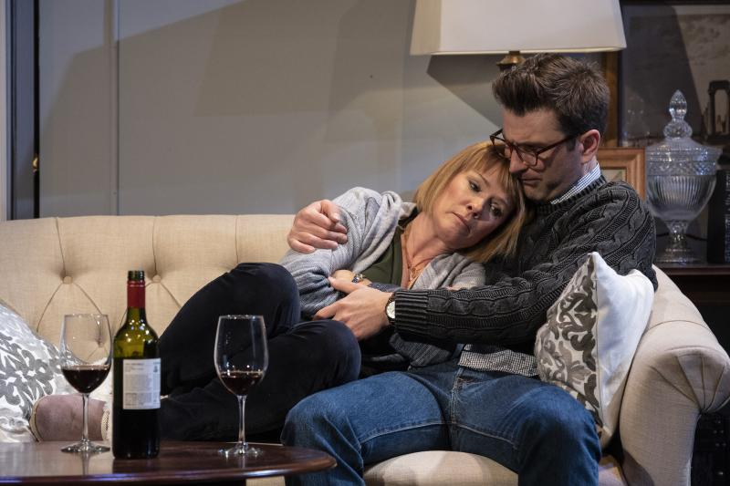 BWW Review: DINNER WITH FRIENDS at Everyman Theatre