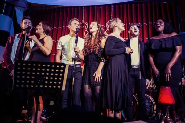 Closing the show Nick Butcher, Laura Tebbutt, Rob Houchen, Emma Kingston, Rebecca Loc Photo