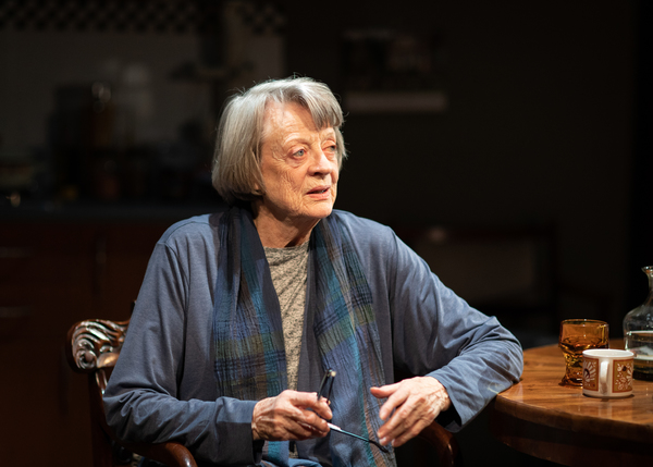 Photos: First Look at Maggie Smith In A GERMAN LIFE At The Bridge Theatre