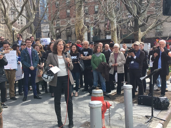 Photo Flash: Local 802 Musicians Rally, Perform in Solidarity with Striking Chicago Symphony Musicians